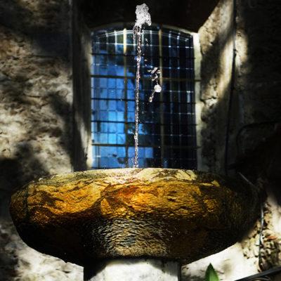 Détail fontaine à Céret / Reproduction interdite © Carles Prat