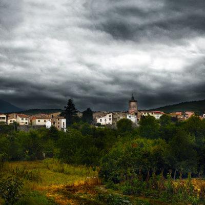 Ville de Maureillas avant la tempête / Reproduction interdite © Carles Prat