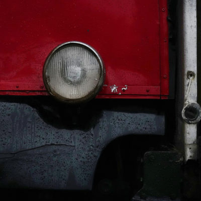 Red car I / Reproduction interdite © Carles Prat